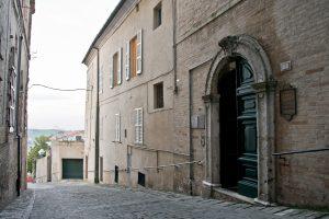 Appartamento ristrutturato nel centro storico di Fermo