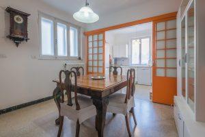 Piano nobile affrescato in vendita a Fermo, cucina abitabile