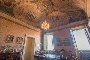 Piano nobile affrescato in vendita a Fermo, affresco