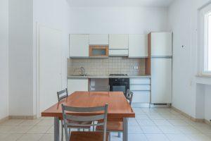 L'Agenzia Immobiliare Puzielli propone appartamento in vendita al centro di Porto San Giorgio