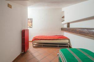 L'Agenzia Immobiliare Puzielli propone trilocale nel centro storico di Fermo