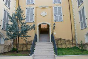 L'Agenzia Immobiliare Puzielli propone ufficio in vendita nel centro storico di Fermo