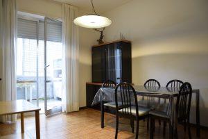 L'Agenzia Immobiliare Puzielli propone appartamento con posto auto esclusivo a Santa Petronilla