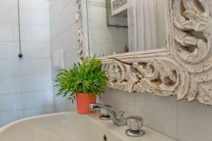 L'Agenzia Immobiliare Puzielli propone appartamento con terrazzo e garage a Porto San Giorgio