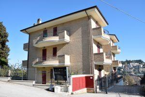 Bilocale con garage in vendita al Tirassegno