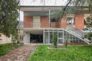 Casa singola da ristrutturare in Via Puccini a Fermo (19)