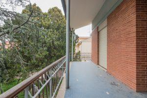 Casa singola da ristrutturare in Via Puccini a Fermo (24)