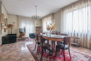 Casa singola da ristrutturare in Via Puccini a Fermo (5)