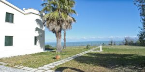 Esclusiva villa vista mare in vendita a Cupra
