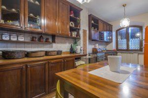 L'Agenzia Immobiliare Puzielli propone prestigiosa villa in vendita a Morrovalle nelle Marche