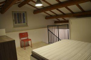 L'Agenzia Immobiliare Puzielli propone bilocale con soppalco in affitto a Fermo