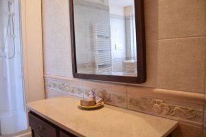 L'Agenzia Immobiliare Puzielli propone appartamento con garage in vendita a Fermo in zona Santa Caterina