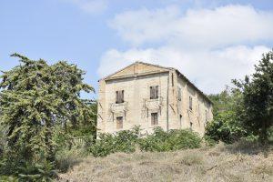 Antico e prestigioso palazzo nobiliare di campagna in vendita a Fermo