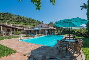 Esclusiva proprietà con piscina in vendita nelle Marche