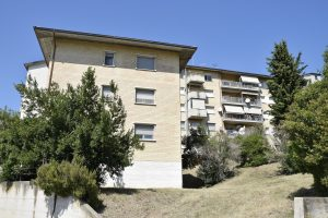 Appartamento con quattro camere in vendita a Fermo