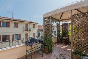 Casa con terrazzo in vendita nel centro di Porto San giorgio