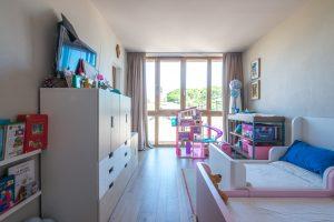 L'Agenzia Immobiliare Puzielli propone prestigioso ed esclusivo attico a Porto San Giorgio