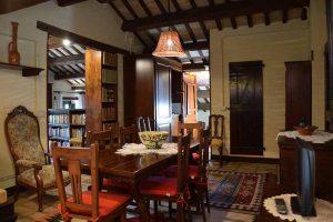 L'Agenzia Immobiliare Puzielli propone casale adibito ad attività ricettivo turistica in vendita nelle Marche