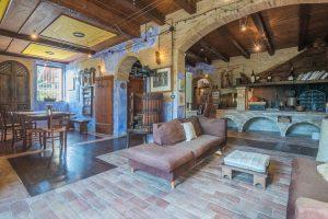Casale con piscina in vendita a Monte Giberto nelle Marche