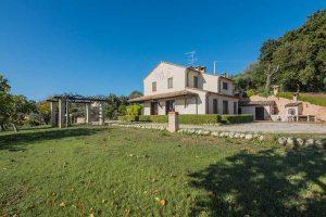 Villa con vista mare in vendita a Marina di Altidona nelle Marche (40)