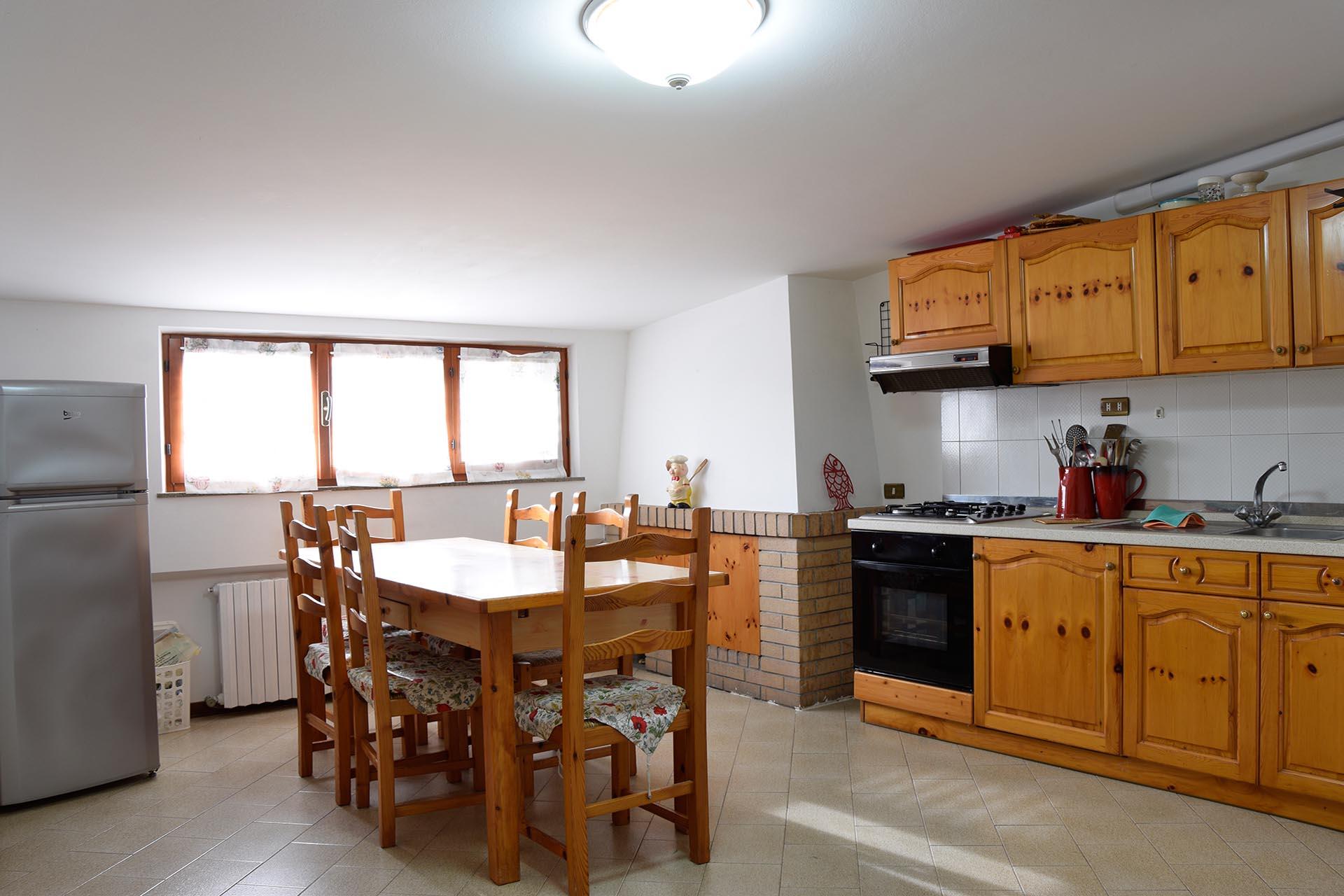 L'Agenzia Immobiliare Puzielliproponemansarda arredata con terrazzo in affitto a Fermo