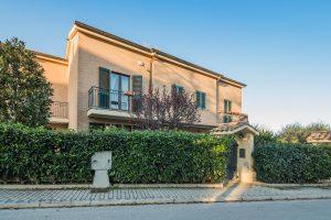 Villa a schiera con giardino a Porto San Giorgio