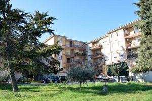 Appartamento con terrazzo e garage in vendita a Fermo