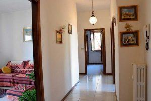 L'Agenzia Immobiliare Puzielli propone appartamento con terrazzo e garage in vendita a Fermo