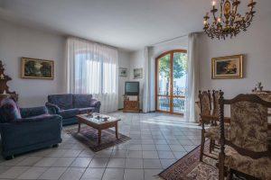 Appartamento con terrazzo in vendita a Monte Urano