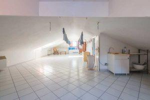 Appartamento con terrazzo in vendita a Monte Urano (22)