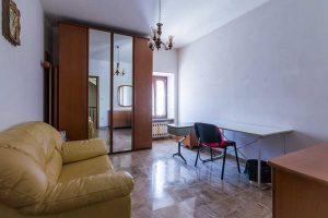 L'Agenzia Immobiliare Puzielli propone casa ristrutturata con corte nel centro storico di Fermo