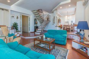 Esclusivo appartamento su due livelli in vendita a Monte Urano