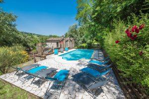 Antico casale con piscina a Santa Vittoria in Matenano