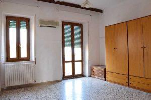 L'Agenzia Immobiliare Puzielli propone appartamento in vendita a Fermo in Zona Ospedale Murri
