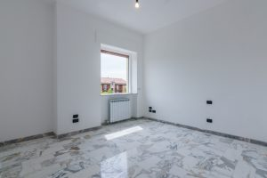 L'Agenzia Immobiliare Puzielli,proponeappartamento completamente ristrutturato in vendita a Fermo (11)