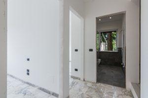 L'Agenzia Immobiliare Puzielli,proponeappartamento completamente ristrutturato in vendita a Fermo (12)