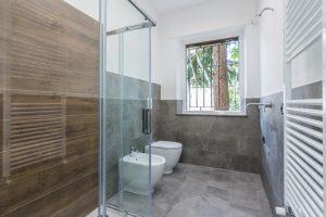 L'Agenzia Immobiliare Puzielli,proponeappartamento completamente ristrutturato in vendita a Fermo (13)
