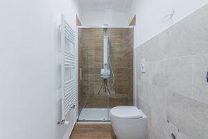 L'Agenzia Immobiliare Puzielli,proponeappartamento completamente ristrutturato in vendita a Fermo (17)