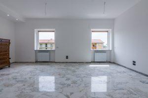 L'Agenzia Immobiliare Puzielli,proponeappartamento completamente ristrutturato in vendita a Fermo (2)