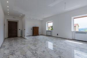 L'Agenzia Immobiliare Puzielli,proponeappartamento completamente ristrutturato in vendita a Fermo (6)