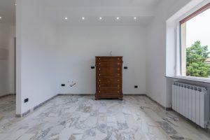 L'Agenzia Immobiliare Puzielli,proponeappartamento completamente ristrutturato in vendita a Fermo (7)