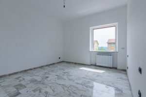L'Agenzia Immobiliare Puzielli,proponeappartamento completamente ristrutturato in vendita a Fermo (9)