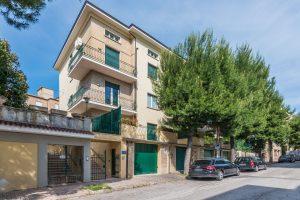 Esclusivo appartamento su due piani con ascensore privato e terrazzo
