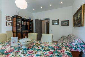 esclusivo appartamento su due piani con ascensore privato e terrazzo (11)
