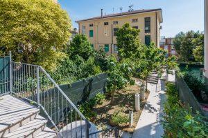esclusivo appartamento su due piani con ascensore privato e terrazzo (15)