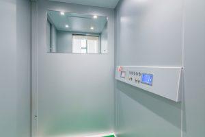 esclusivo appartamento su due piani con ascensore privato e terrazzo (3)