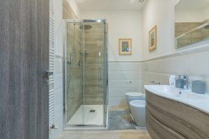 esclusivo appartamento su due piani con ascensore privato e terrazzo (5)