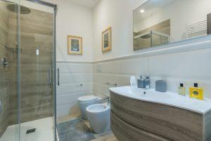 esclusivo appartamento su due piani con ascensore privato e terrazzo (6)