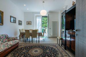 esclusivo appartamento su due piani con ascensore privato e terrazzo (7)