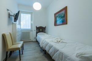esclusivo appartamento su due piani con ascensore privato e terrazzo (9)